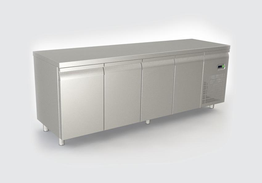 Ψυγείο πάγκος με 4 πορτες και μοτέρ δεξιά